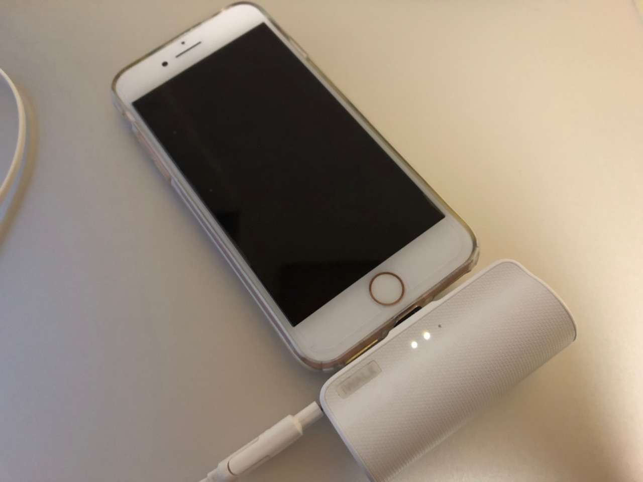 iWALKの小型モバイルバッテリーのおすすめポイント