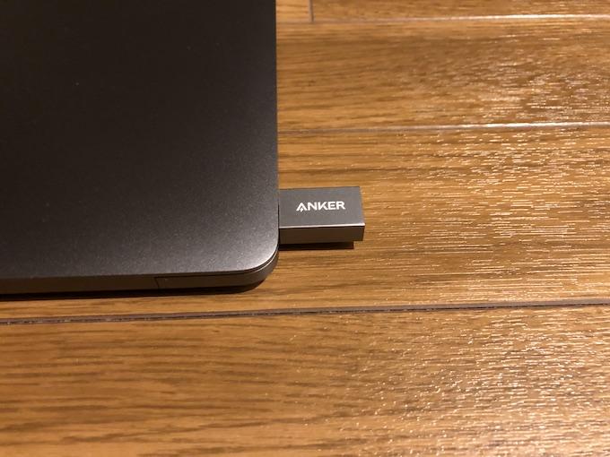 Anker USB-C & USB 3.0 変換アダプターの外観と付属品